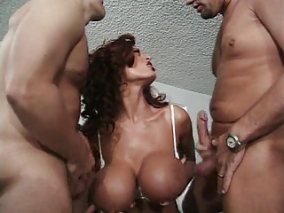 44GG Donita Dunes Spices Up Sex With Threesome