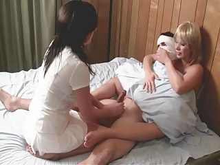 Nurse Handjob: Patient With Night Terrors Needs Therapy | Threesome.top Porn Tube