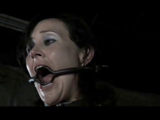 BDSM Slave Poppy James – Gag Whip Cane And Chains