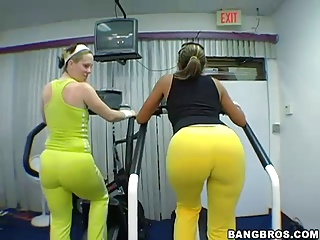 Big Phat Juicy Booties At The Gym | Threesome.top Porn Tube