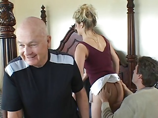 Horny Blonde Babe Takes A Hot Facial After Fucking In Front Of Her Husband | Threesome.top Porn Tube