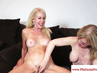 Erica Lauren And Nina Hartley Share A Cock | Threesome.top Porn Tube