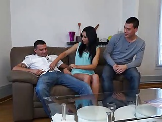 Hot Slut Arab Threesome DP | Threesome.top Porn Tube