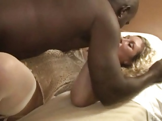 Ultra Sexy Wife Rachelle With Two Black Lovers | Threesome.top Porn Tube