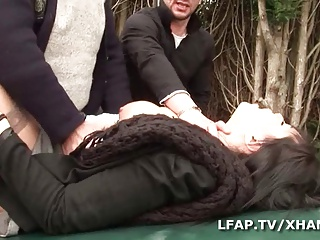 Carmen 22 Ans Sodomisee Sur Le Capot De La Voiture | Threesome.top Porn Tube
