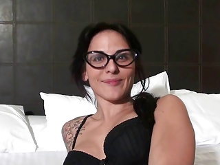 Spanish Chick In A Menage A Trois | Threesome.top Porn Tube