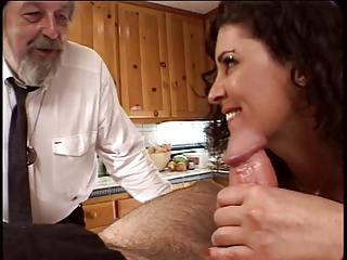 Horny Husband Watches His Wife Get Her Pussy Fingered And Licked In The Kitchen | Threesome.top Porn Tube