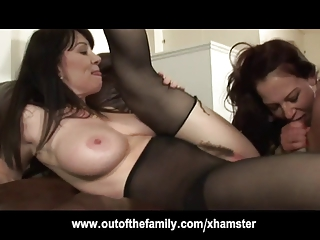 MILF Rayveness And Not Her Teen Daughter Kinky Threesome | Threesome.top Porn Tube