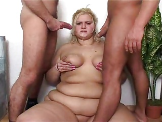 Blonde SSBBW Drilled By 2 Cocks   Threesome.top Porn Tube