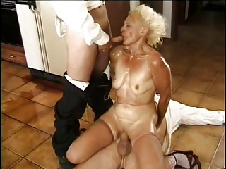 Granny With Two Cookers In The Kitchen | Threesome.top Porn Tube