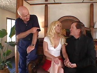 Hot Blonde With Nice Ass Gets Her Pussy Licked From Behind As Her Hubby Watches | Threesome.top Porn Tube