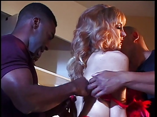 Blonde Hottie Likes Thick Black Cock | Threesome.top Porn Tube