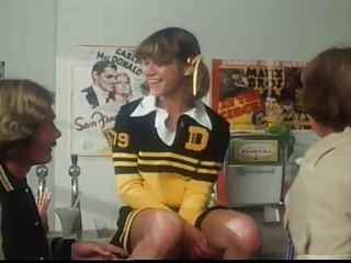 Marilyn Chambers As A Cheerleader Takes On 2 Guys | Threesome.top Porn Tube