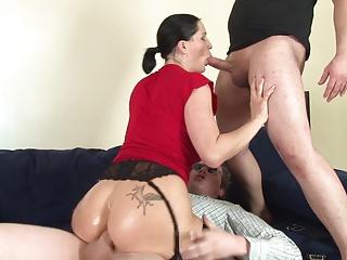 Super Poschi – Heidi Hills 2 | Threesome.top Porn Tube