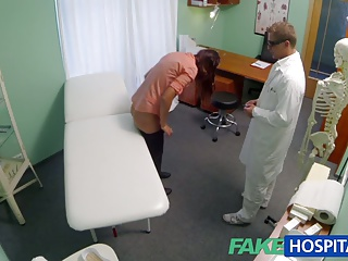 FakeHospital Both Doctor And Nurse Give New Patient Thorough | Threesome.top Porn Tube