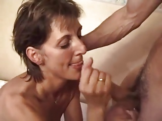 Swinger Milf Give Her  Both Holes To Young Guys