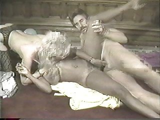 Ebony Ayes Frank James Blonde Chick Threesome   Threesome.top Porn Tube