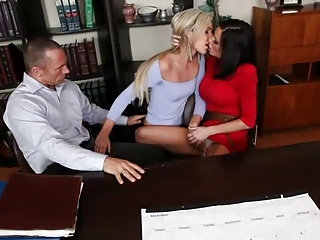 Sharing Is Good | Threesome.top Porn Tube